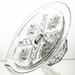 Elegancki talerz kryształowy na nodze